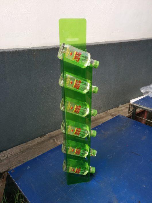 Паразитни стелажи за бутилки