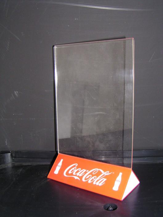 Стандартни поставки за меню и листовки за Coca Cola