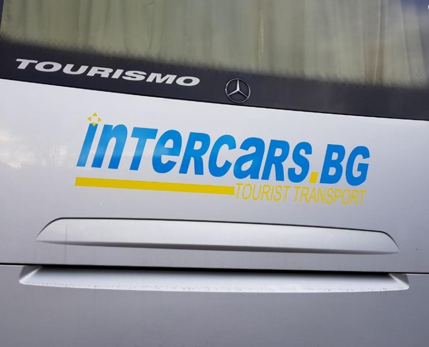 Облепване с фолио на фирмени автобуси на Интеркарс.Бг
