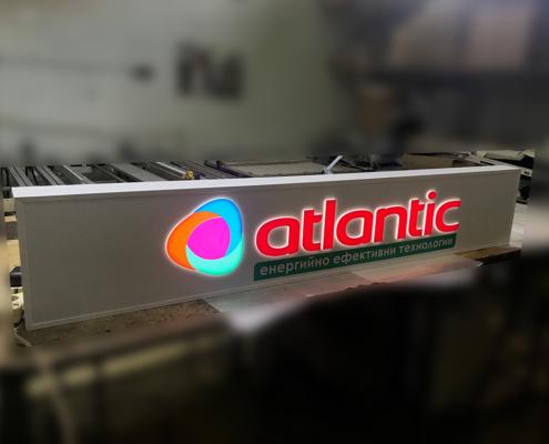 Изработка на светеща рекламна табела за фирма Атлантик груп
